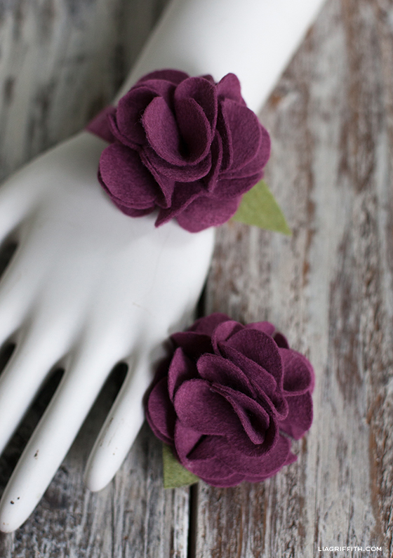 DIY Carnation Bracelet
