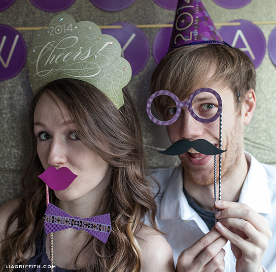 printable photo props for new year's eve