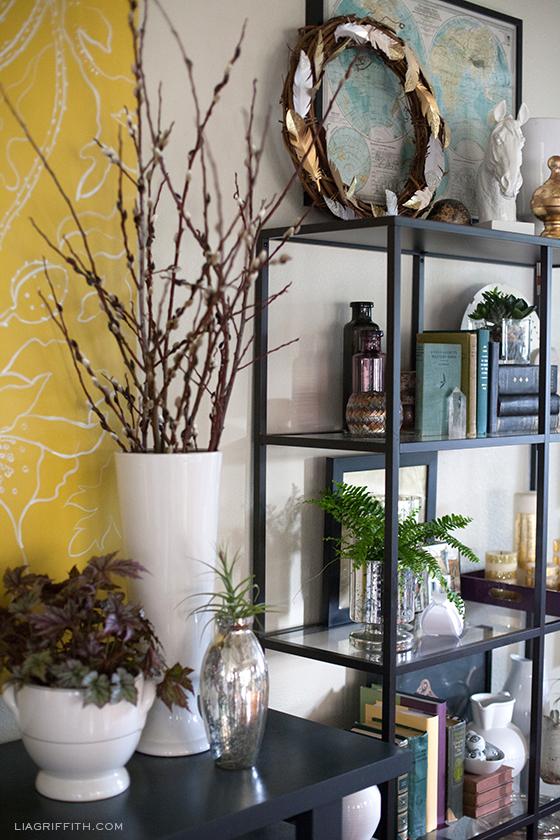 Bookshelf Styling for your Livingroom