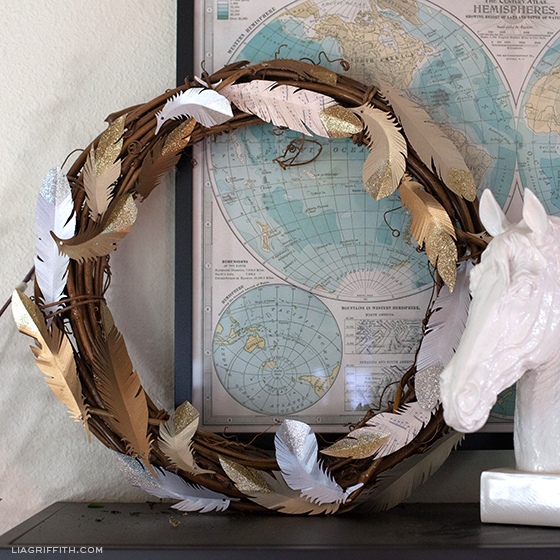 How to Make a Feather Glitter Wreath