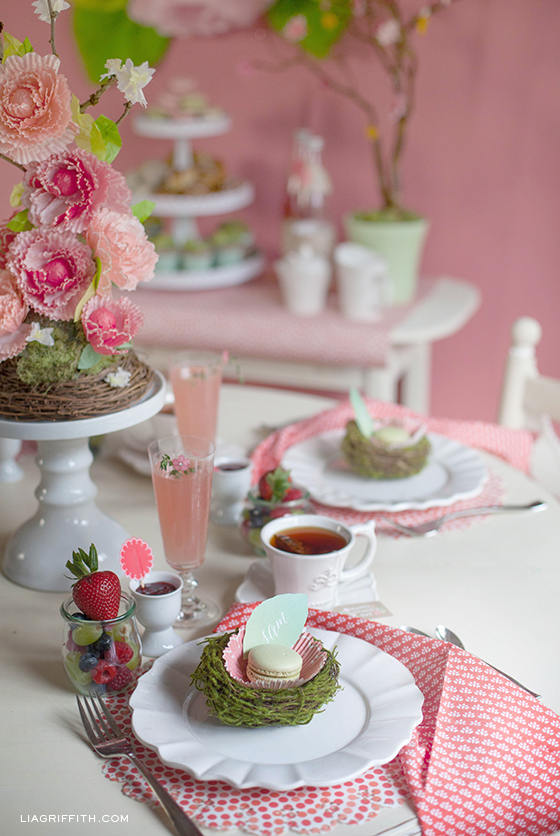 Mother-Day-Brunch-Table