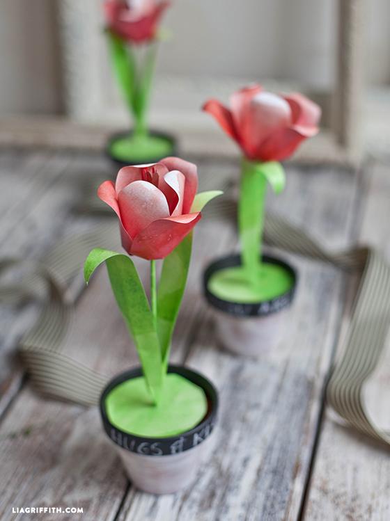 Watercolor-Paper-Tulips