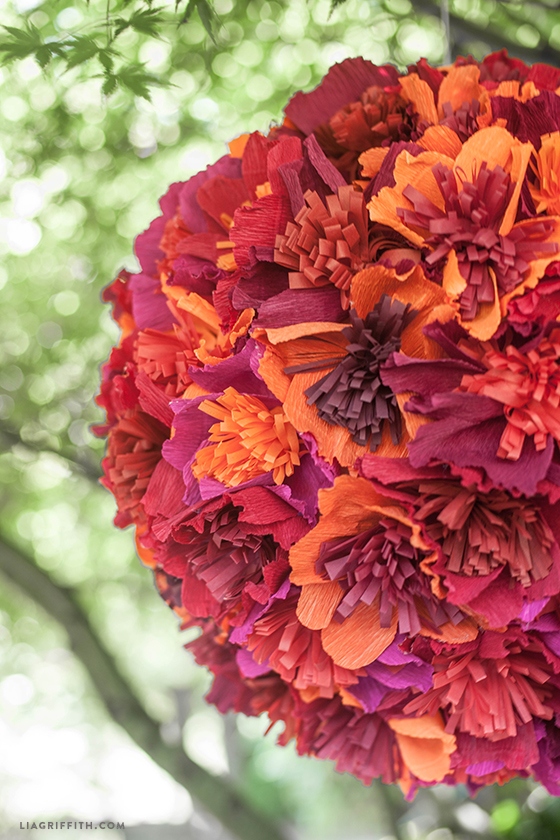 Flower_Crepe_Paper_Pinata