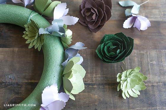 Paper_Succulent_Wreath_Steps