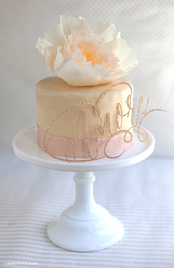 DIY_Cake_Topper_Amore