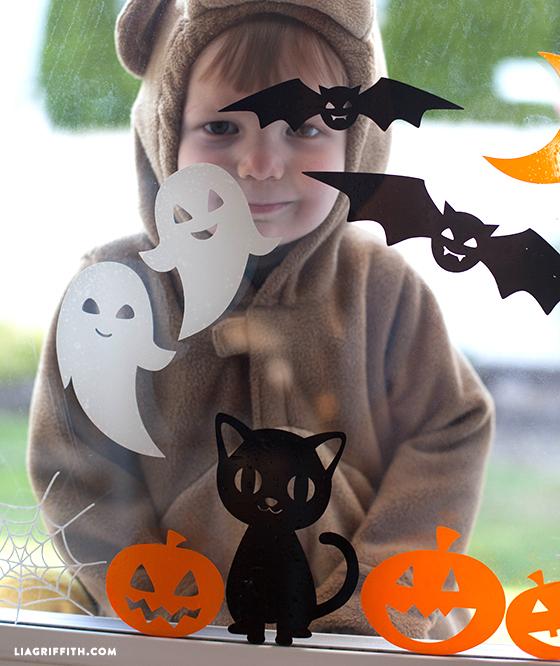 Halloween_Window_Clings_Cute_DIY