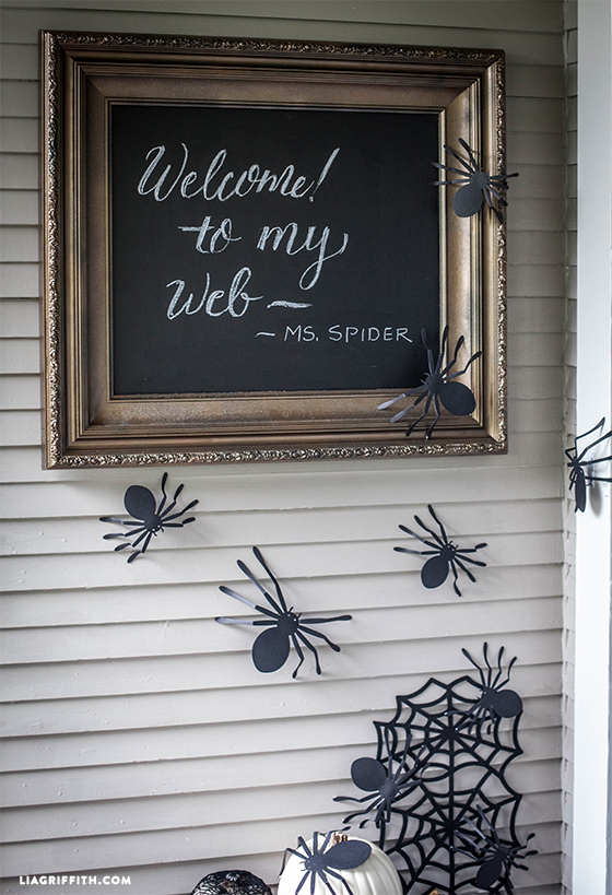 Spider_Door_Sign