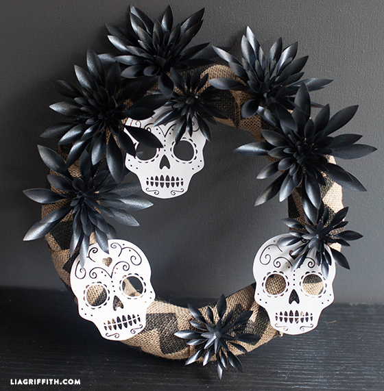 Black_Dahlia_Wreath