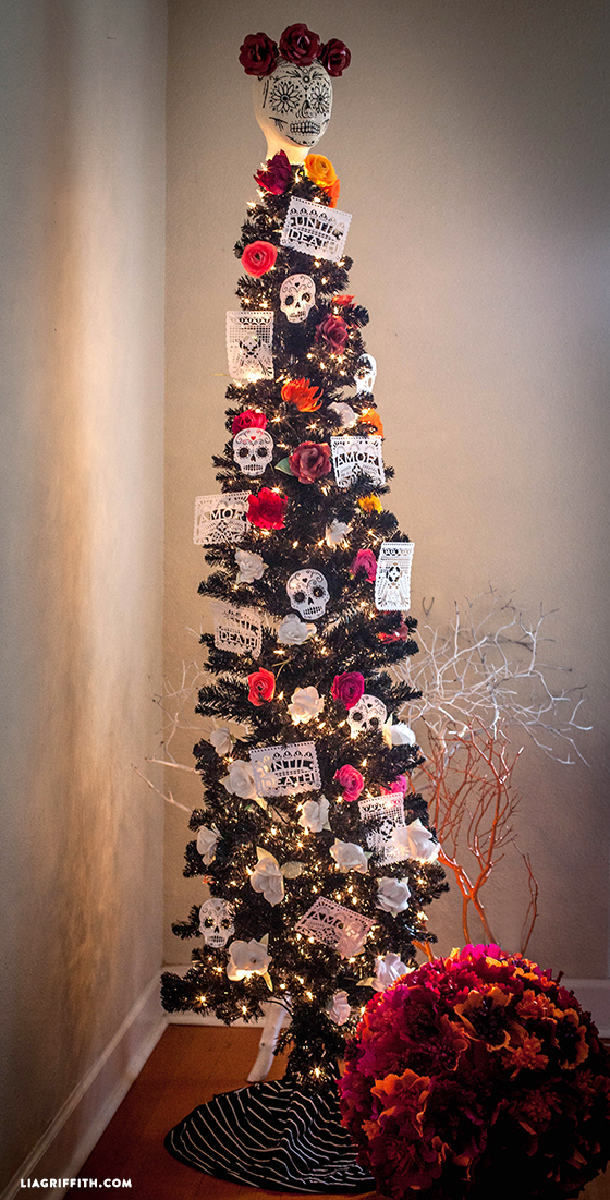 Black_Halloween_Tree