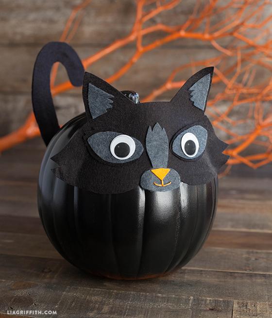 felt kitty pumpkin