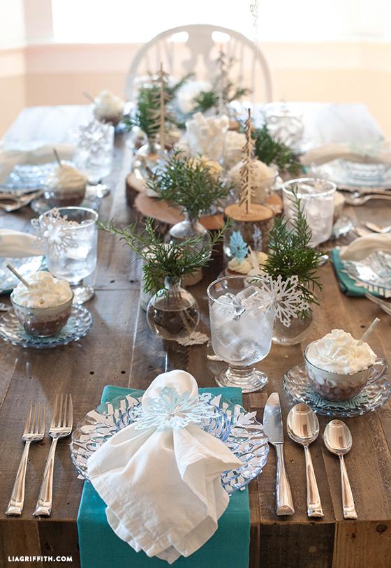 Frozen_Brunch_Table_Decor