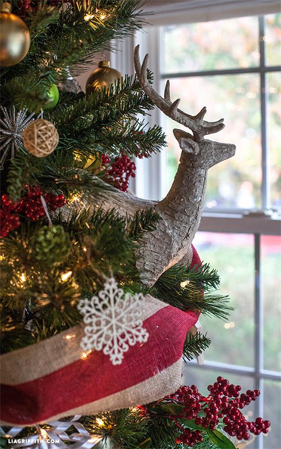 Deer_Christmas_Tree