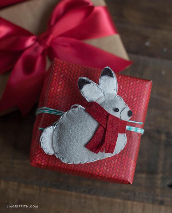 Felt_Bunny_Gift_Topper
