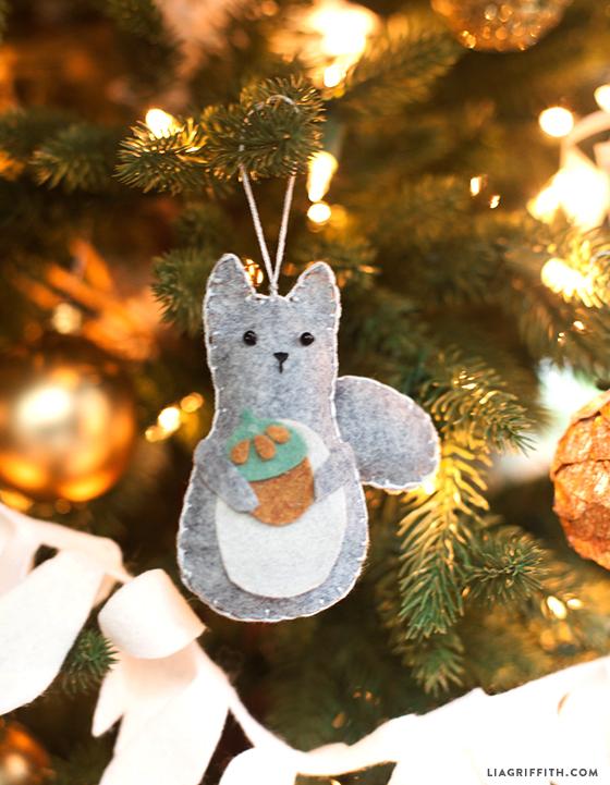 Felt_Squirrel_Ornament