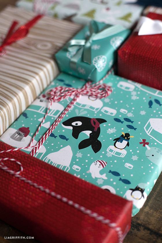 Polar_Gift_Wrap_Kids