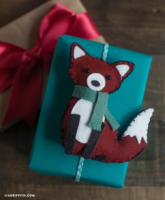 fox_felt_gift_topper