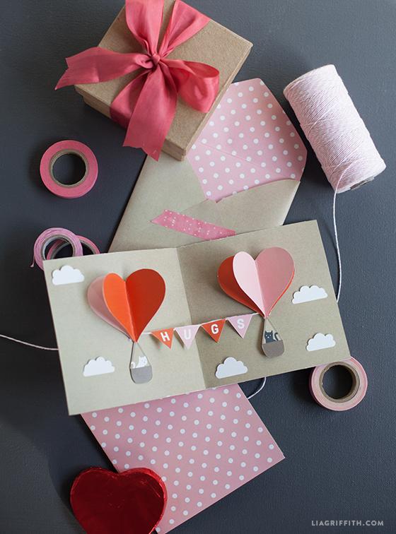 DIY_Valentines_Day_Pop_Up_Card