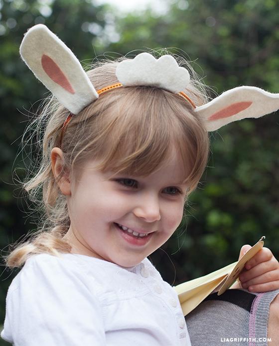 Felt_Easter_Lamb_Ears_DIY