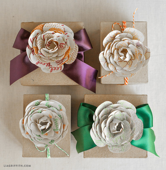 Sentiment_Flower_Toppers