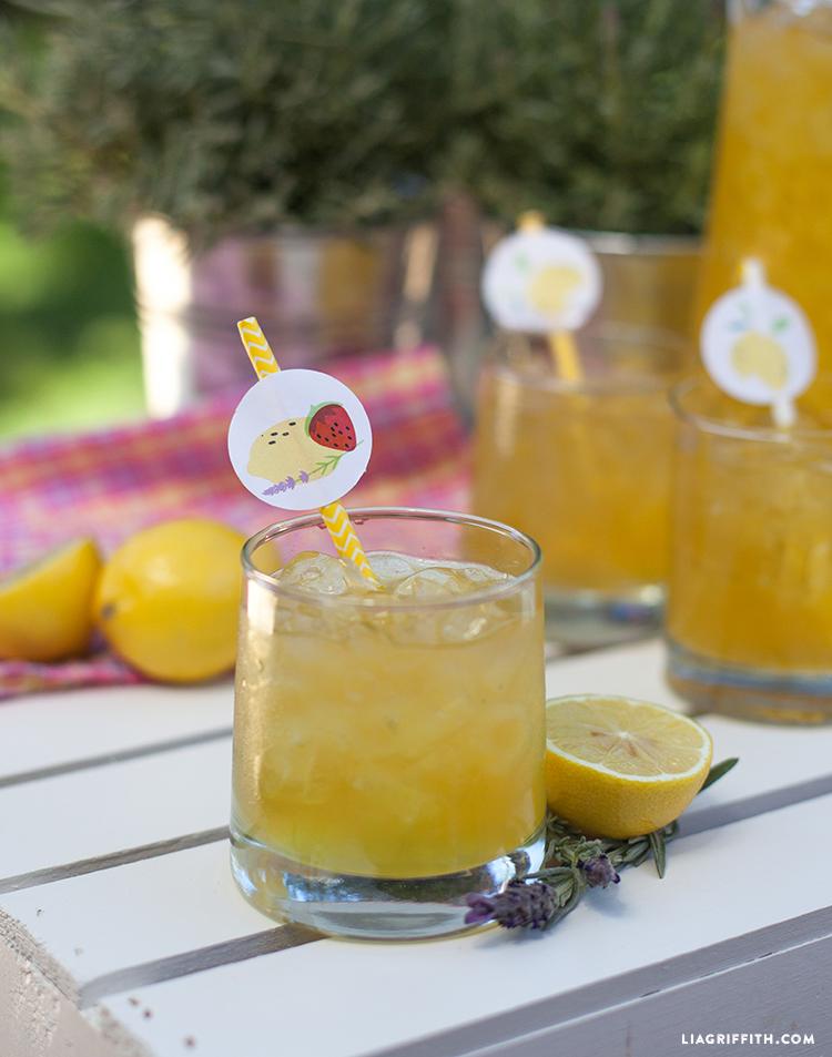 Homemade_Lavender_Honey_Lemonade