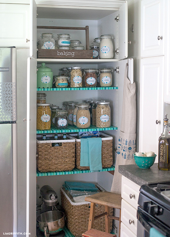 Kitchen_Pantry_Organized