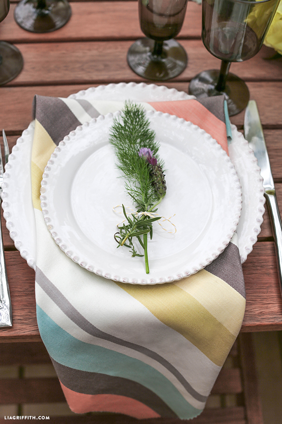 Outdoor_Table_Setting