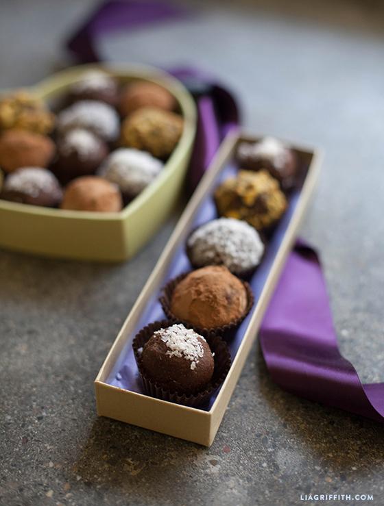 Paleo_Chocolate_Bliss_Balls