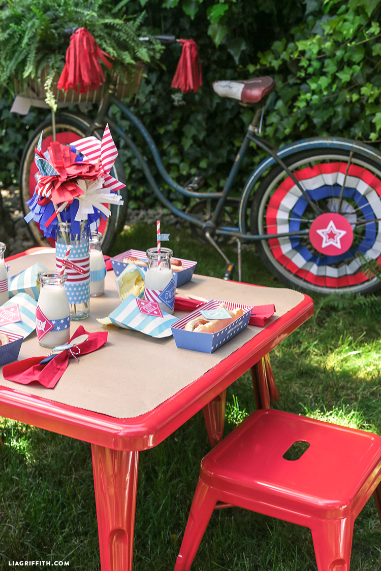 Kids_Bike_July_4_Decor