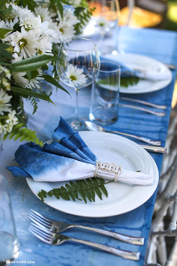 Place_Settings_Indigo_Table