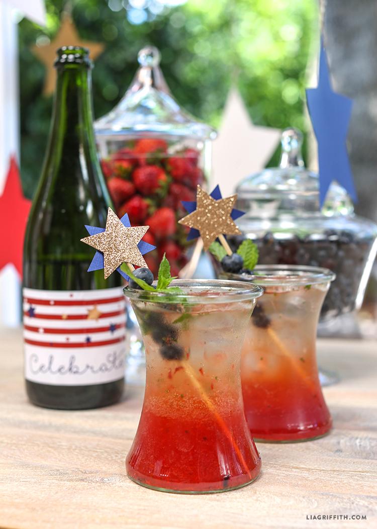 Recipe_Berry_Sparkling_Mojitos_July_4