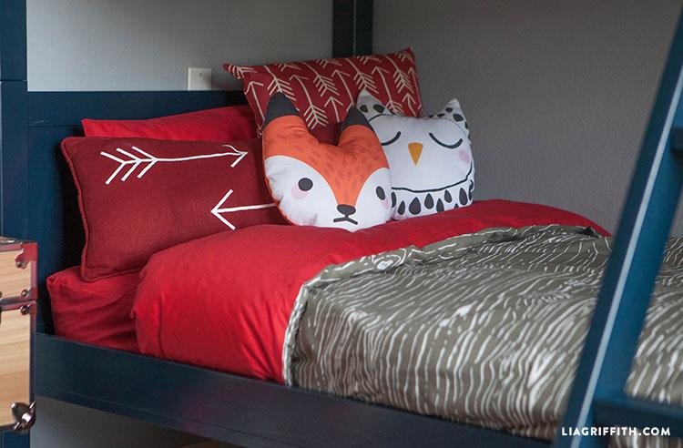 DIY kids' pillows