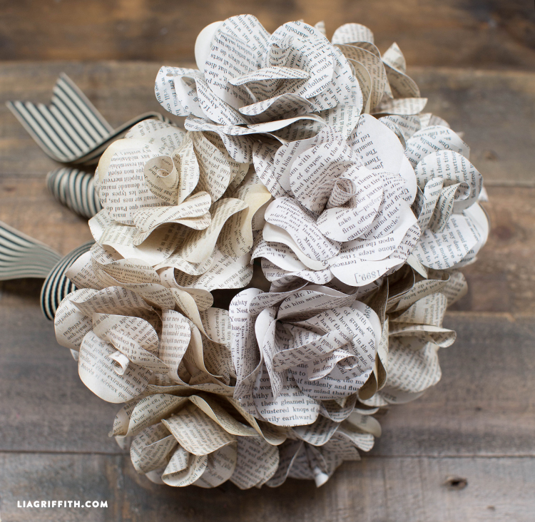 Book_Page_Paper_Roses
