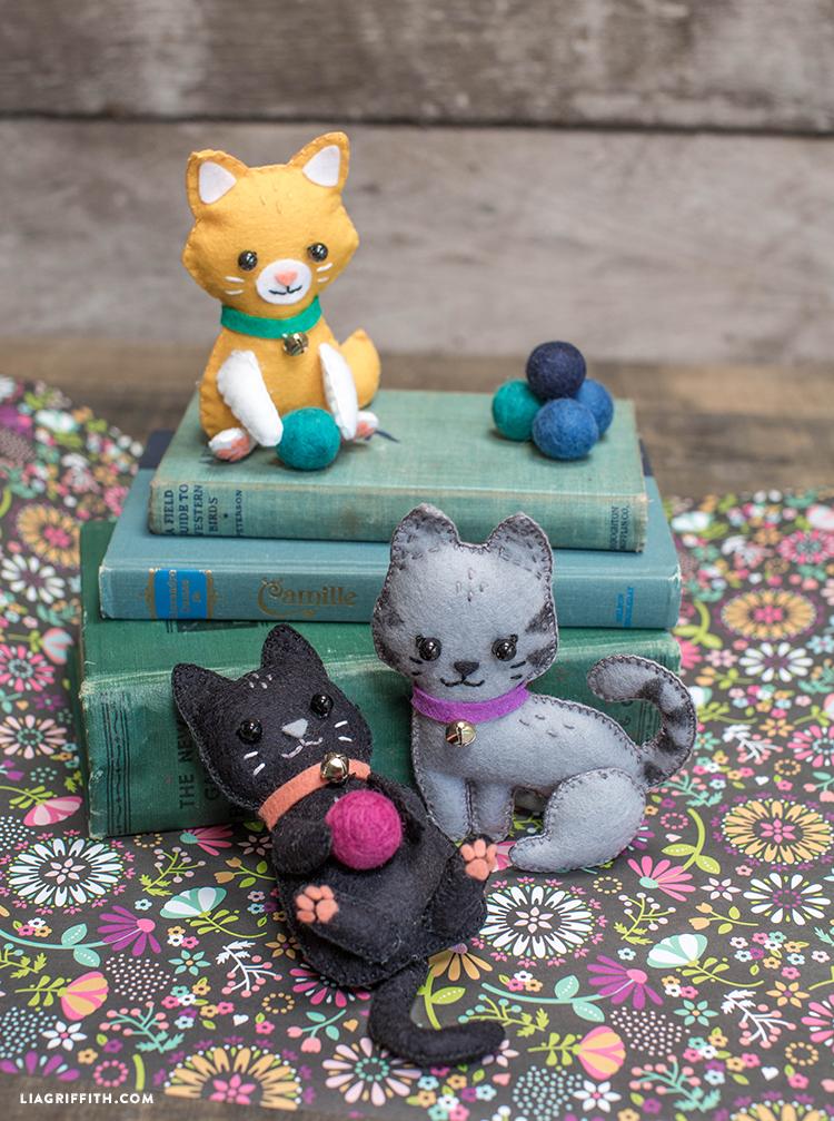 DIY_Felt_Kittens