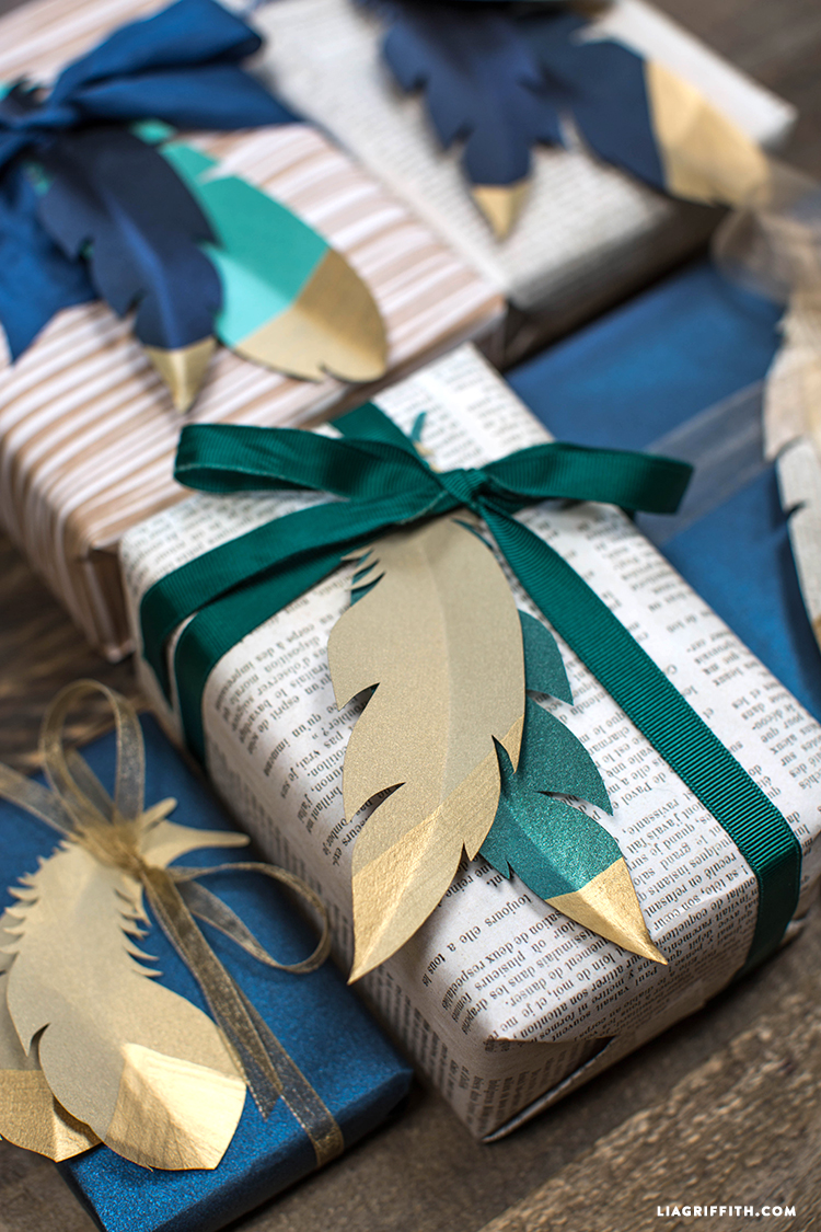 Gold_Tipped_Paper_Feather_Topper