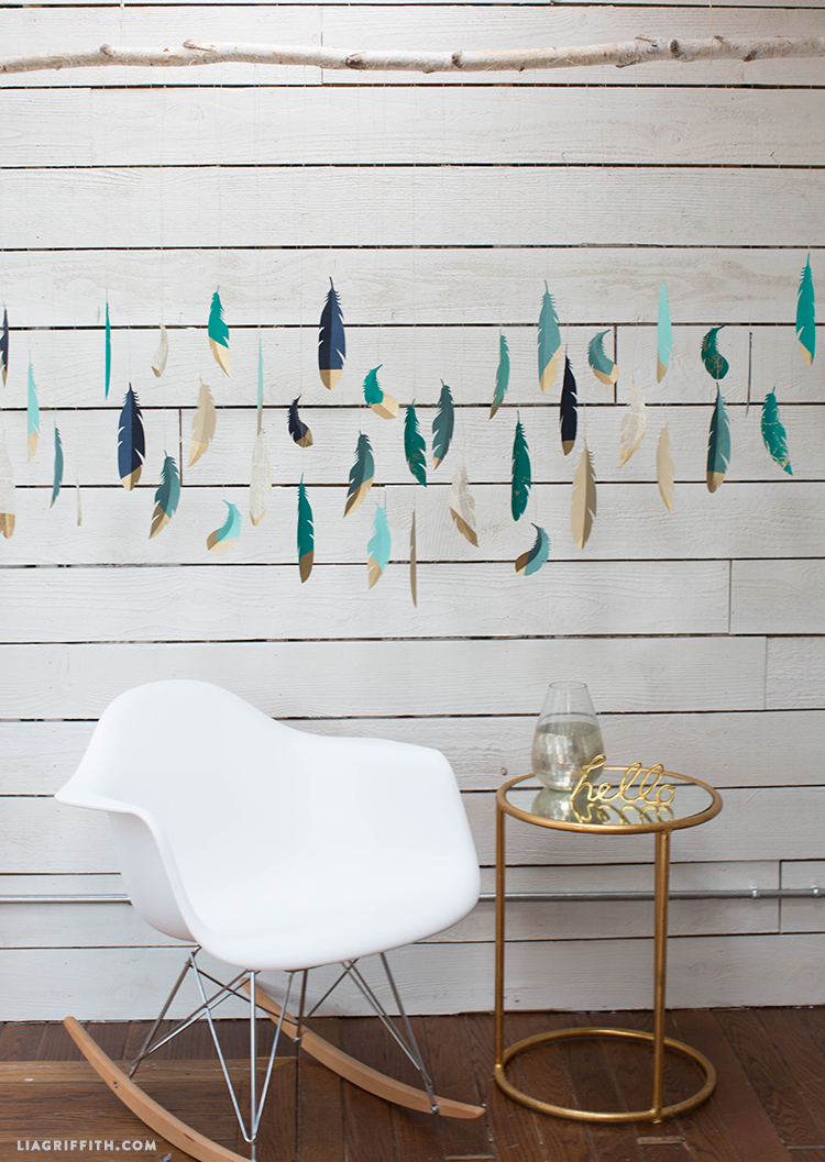 Paper_Feather_Wall_Art
