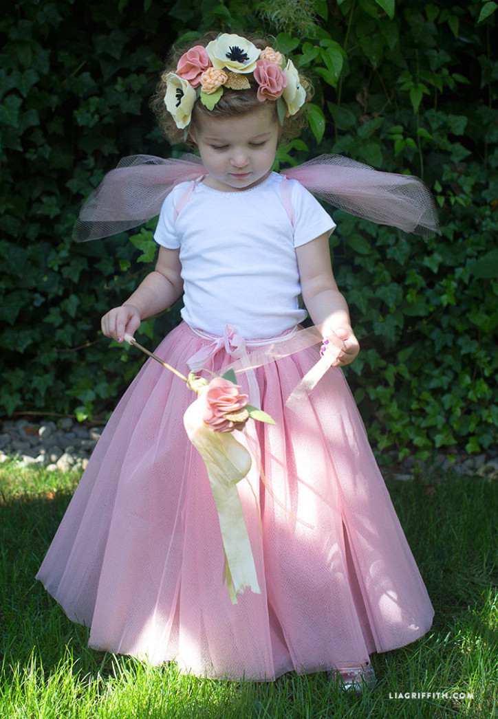 DIY_Fairy_Costume_Halloween_Crown_Felt_Wings