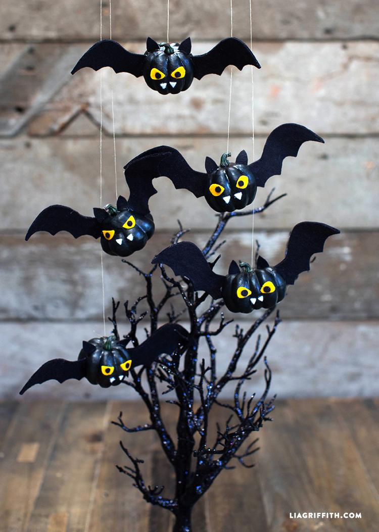 DIY_Felt_Pumpkin_Bats