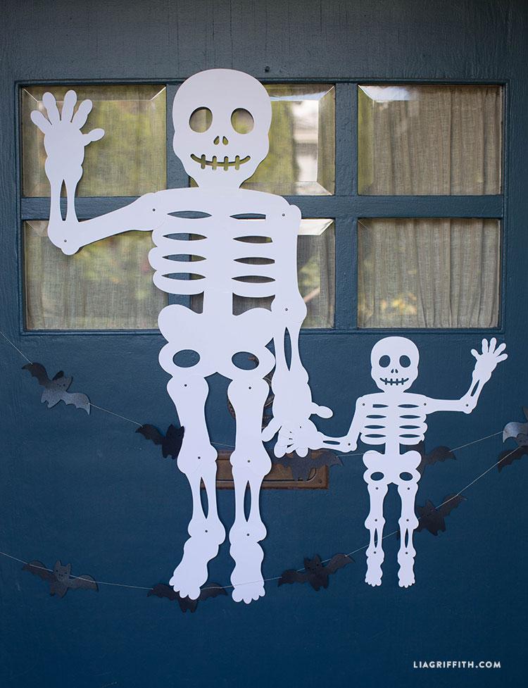Halloween_Mr_Paper_Bones_Huge