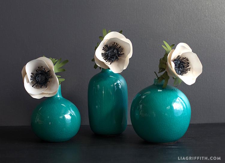 Paper_Anemone_Flower