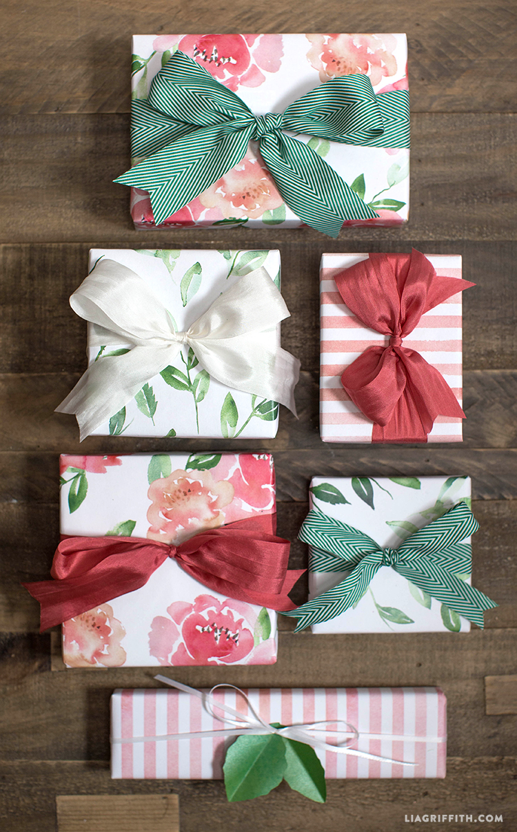 Watercolor_Floral_Gift_Wrap