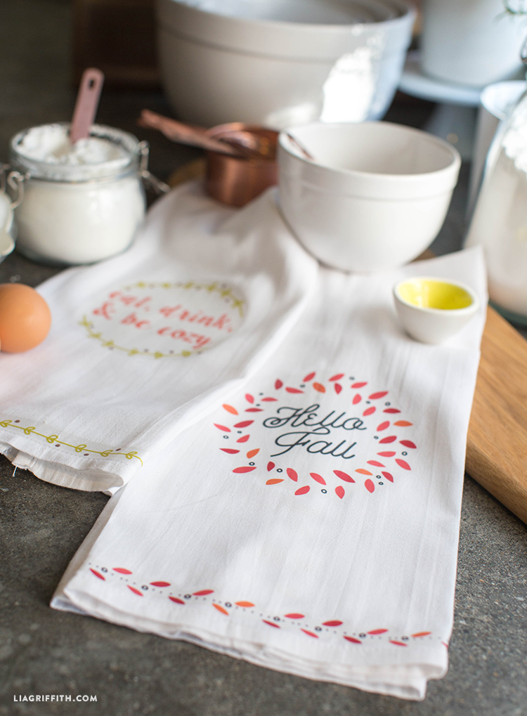 Fall_Tea_Towels_Iron_On