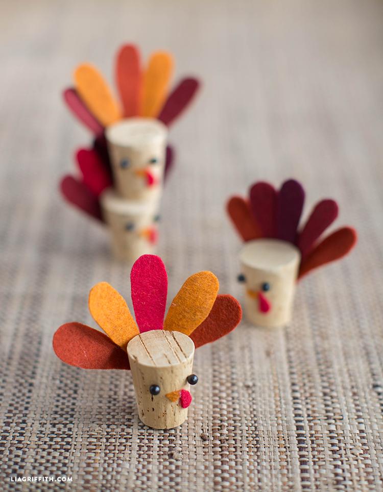 DIY cork turkey