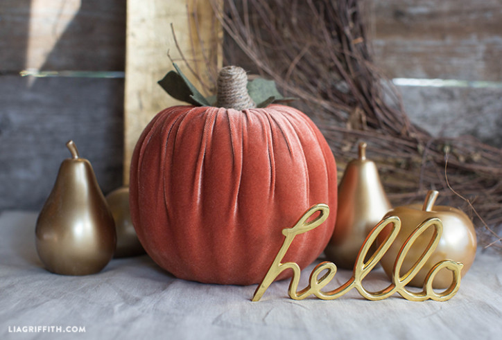 Flora_Craft_Foam_Velvet_Pumpkin