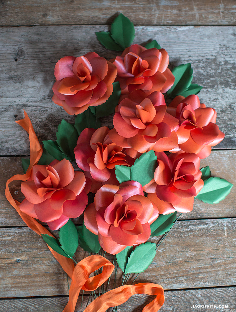 Paper_Garden_Rose_Bouquet