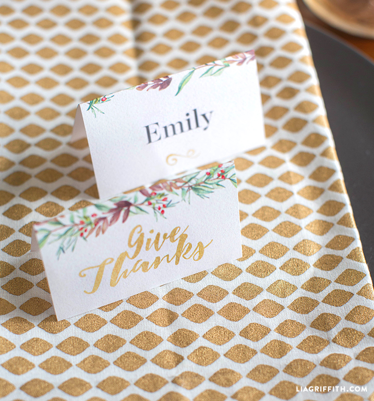 Thanksgiving_Feast_Placecards_Light