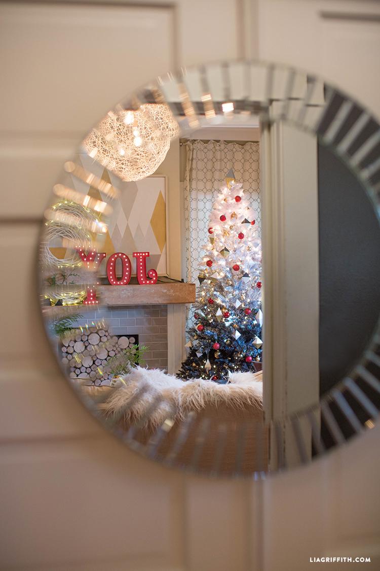 Christmas_Reflection_Mirror