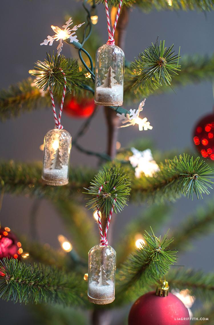 Glass_Bottle_Ornament