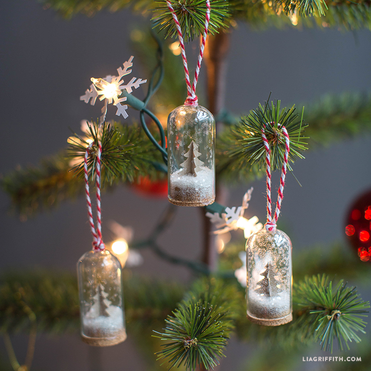 Glass_Bottle_Ornament_TN