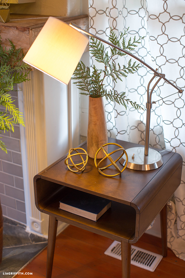 Side_Table_Lamp