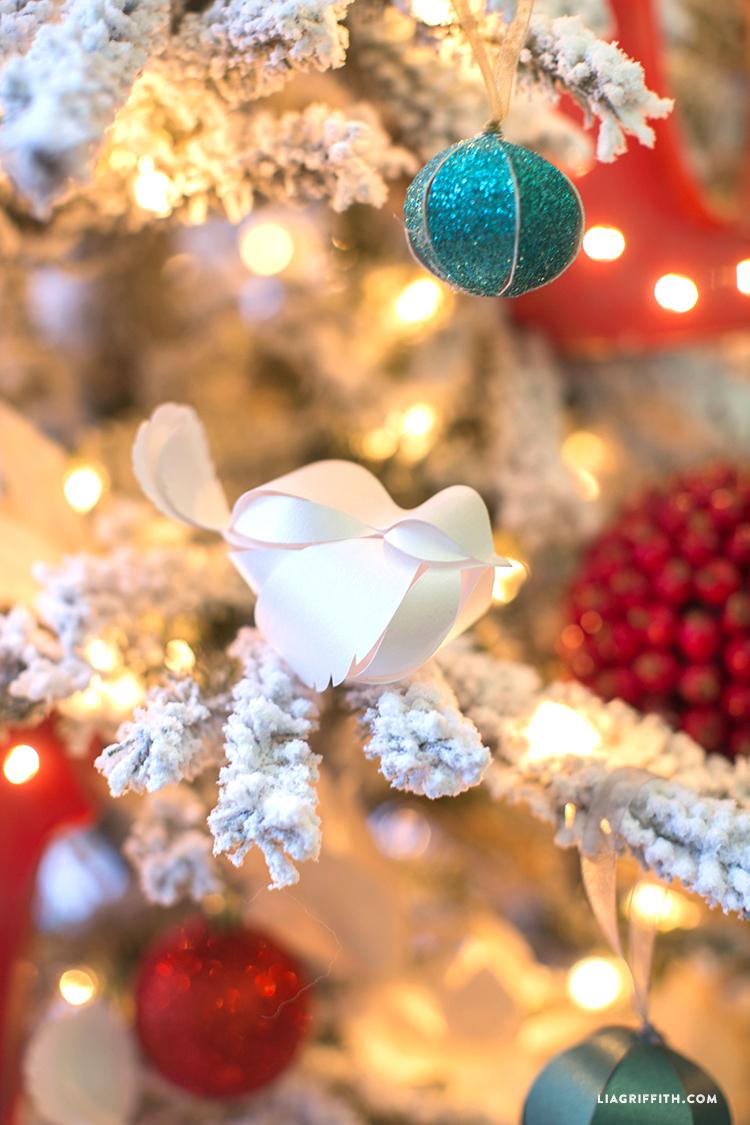 Treetopia_Christmas_Ornaments_Technicolor